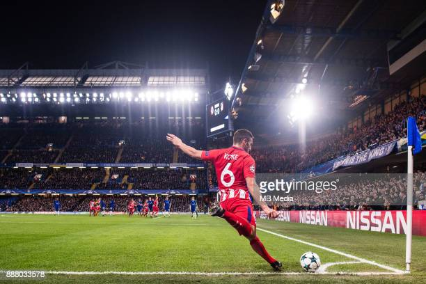 Atletico Madrid Koke take corner kick during the UEFA Champions League group C match between Chelsea FC and Atletico Madrid at Stamford Bridge on...