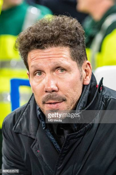 Atletico Madrid manager Diego Simeone during the UEFA Champions League group C match between Chelsea FC and Atletico Madrid at Stamford Bridge on...