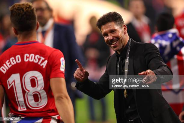 Atletico Madrid Manager / Head Coach Diego Simeone celebrates with Diego Costa at the end of the UEFA Europa League Final between Olympique de...