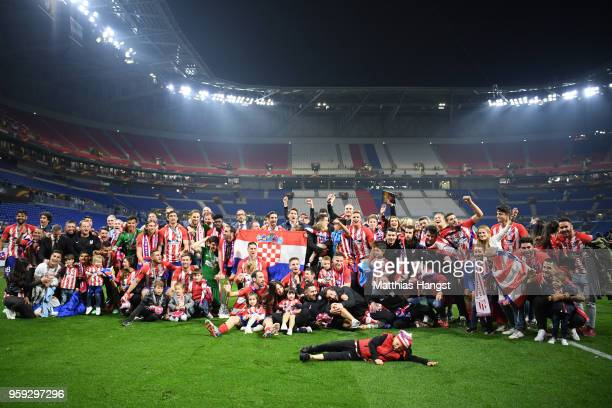 Atletico Madrid players celebrate victory with The Europa League trophy after winning the UEFA Europa League Final between Olympique de Marseille and...