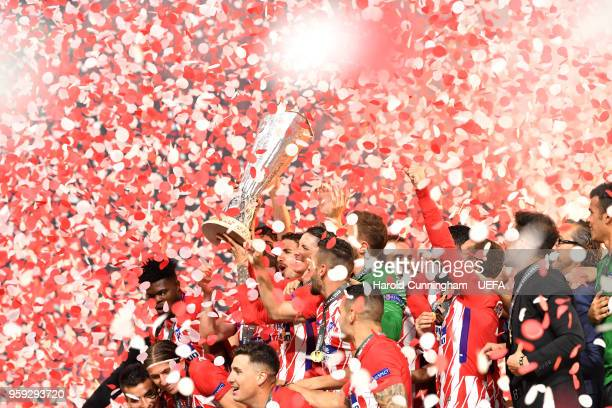 Atletico Madrid players lift The Europa League trophy after the UEFA Europa League Final between Olympique de Marseille and Club Atletico de Madrid...
