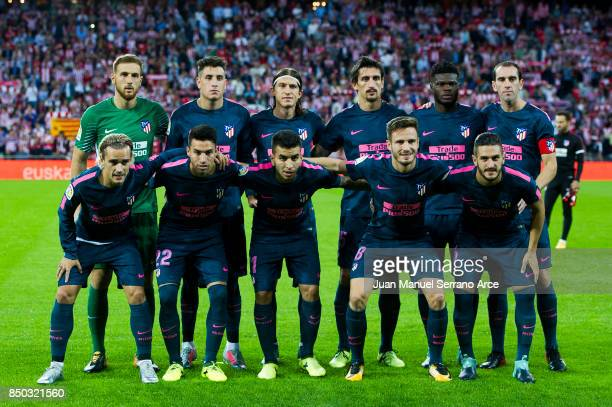 Atletico Madrid players line up for a team photo prior to the start of the La Liga match between Athletic Club Bilbao and Atletico Madrid at San...