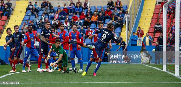 Atletico Madrid's forward Fernando Torres tries to score during the Spanish league football match Levante UD vs Club Atletico de Madrid at the Ciutat...
