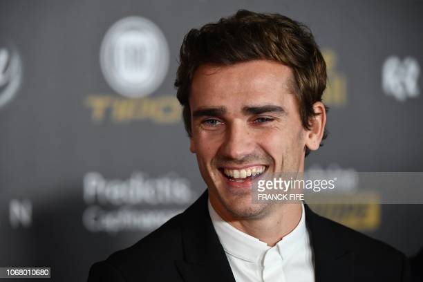 TOPSHOT Atletico Madrid's French forward Antoine Griezmann poses upon arrival at the 2018 Ballon d'Or award ceremony at the Grand Palais in Paris on...