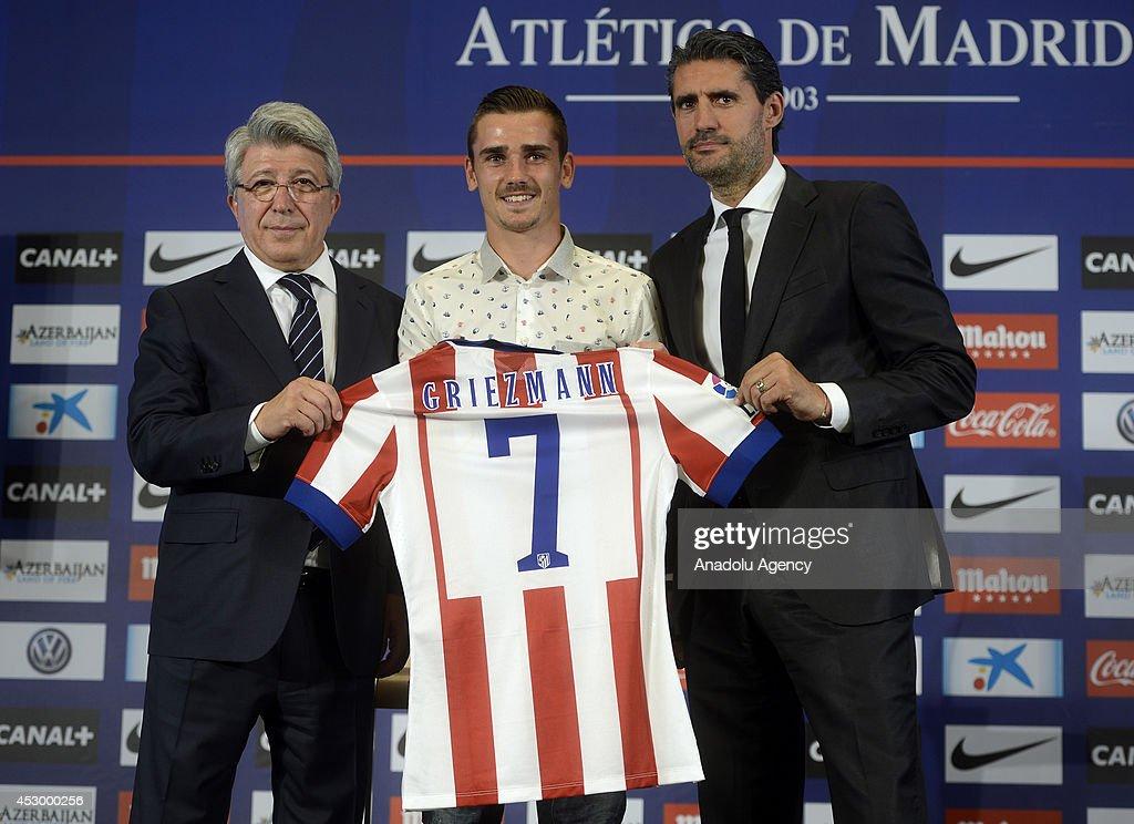 New Atletico Madrid player Antoine Griezmann : News Photo