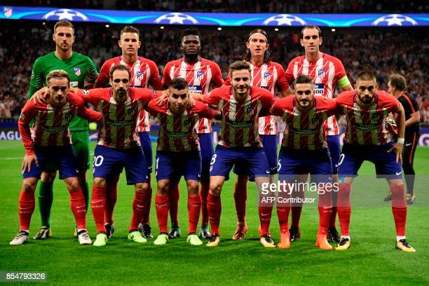 Atletico's players pose before the UEFA Champions League Group C football match Club Atletico de Madrid vs Chelsea FC at the Metropolitan stadium in...
