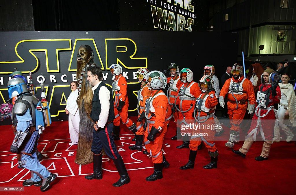 """Star Wars: The Force Awakens"" - European Film Premiere - Red Carpet Arrivals : News Photo"