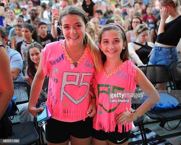 Atmosphere as R5 perform at the Mizner Park Amphitheatre on July 8 2015 in Boca Raton Florida