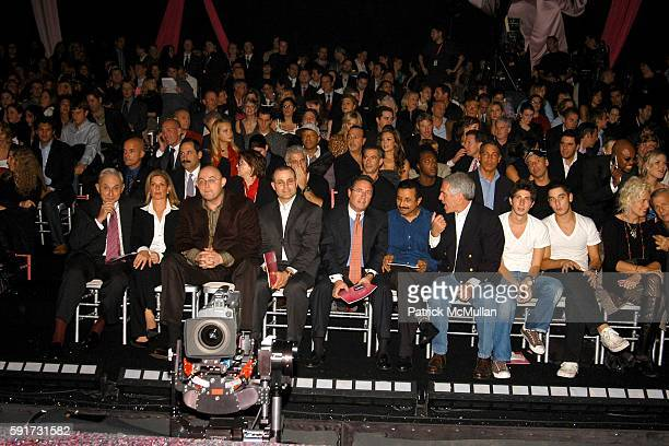 Atmosphere at 10th VICTORIA'S SECRET FASHION SHOW Inside Arrivals and Frontrow at Lexington Avenue Armory on November 9 2005 in New York City