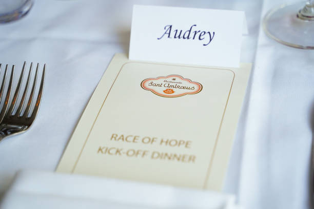 NY: Audrey Gruss And Arthur Dunnam Host Race Of Hope Committee Dinner