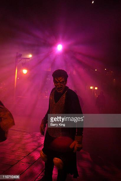 Atmosphere at Knott's Scary Farm for the Halloween Haunt 31st year