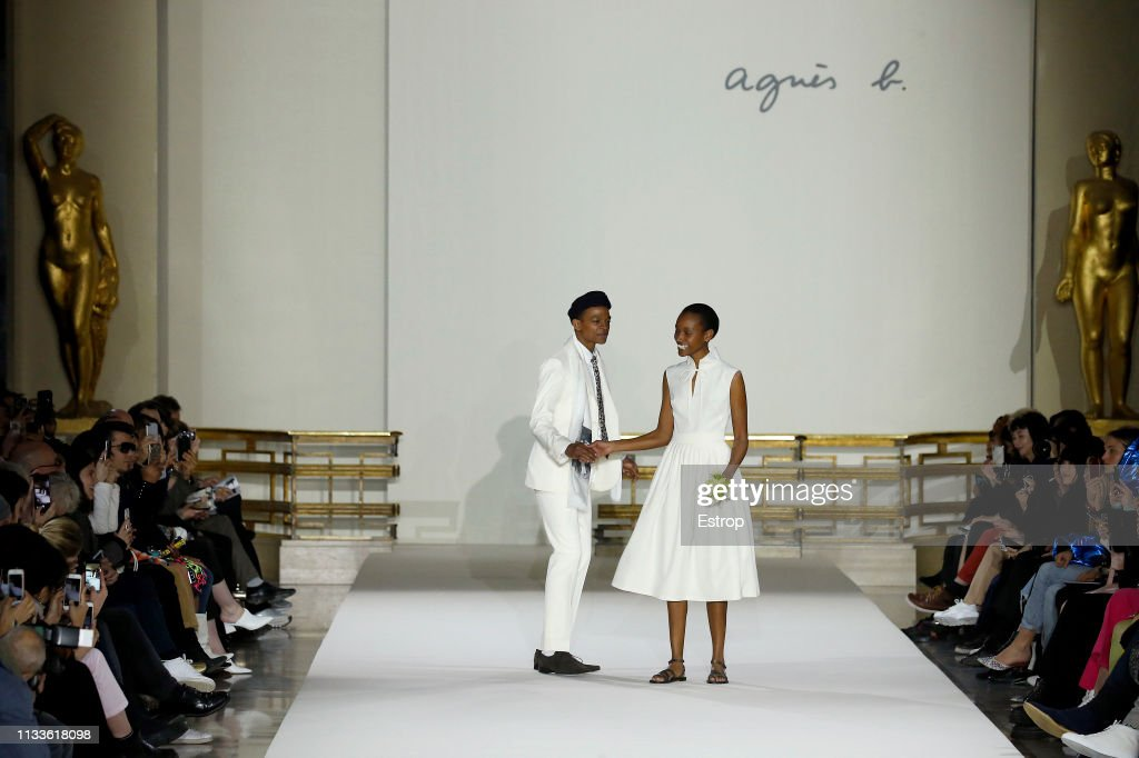 Agnes B : Runway - Paris Fashion Week Womenswear Fall/Winter 2019/2020 : ニュース写真