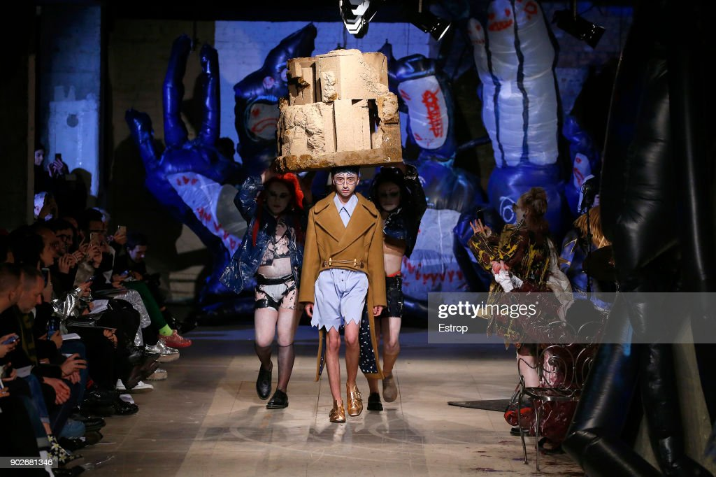 Charles Jeffrey LOVERBOY - Runway - LFWM January 2018 : Nieuwsfoto's