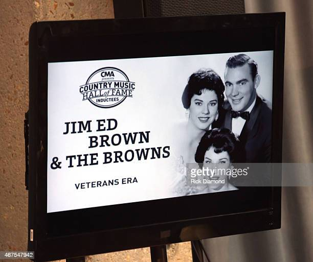 Atmosphere at the CMA announcement that JIM ED BROWN AND THE BROWNS GRADY MARTIN AND THE OAK RIDGE BOYSare the NEWEST MEMBERS OF THE COUNTRY MUSIC...
