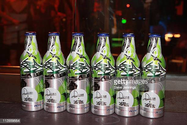 Atmosphere at the Diet Pepsi Serves You a Premium Good featuring the DJ AM Bottle hosted by DJ AM at the Mezzanine on September 14 2007 in San...