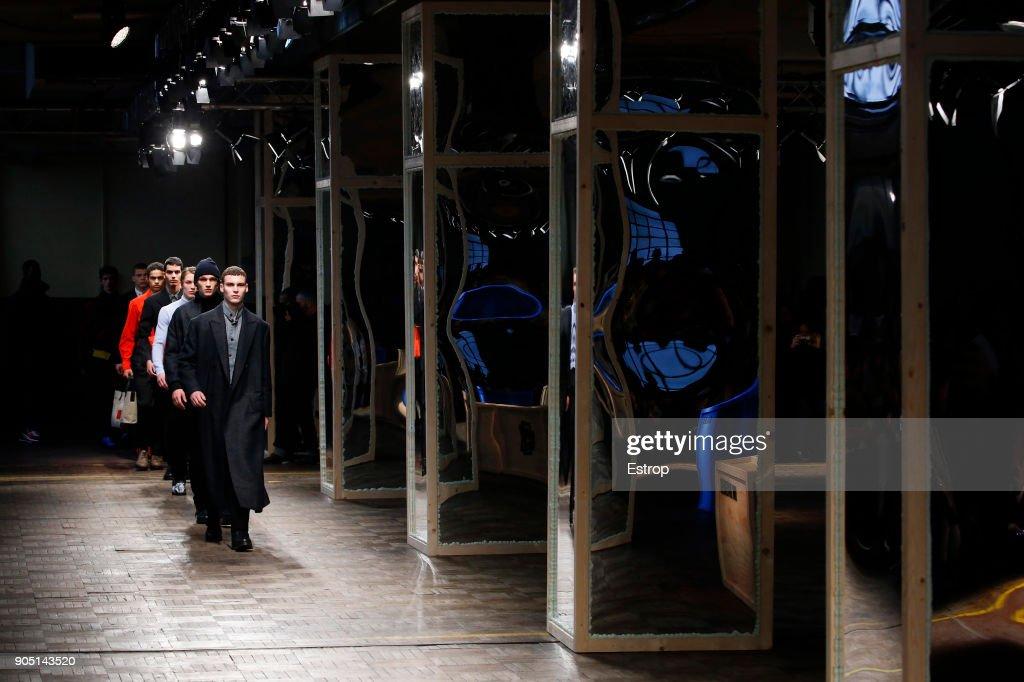 Dirk Bikkembergs - Details - Milan Men's Fashion Week Fall/Winter 2018/19 : ニュース写真