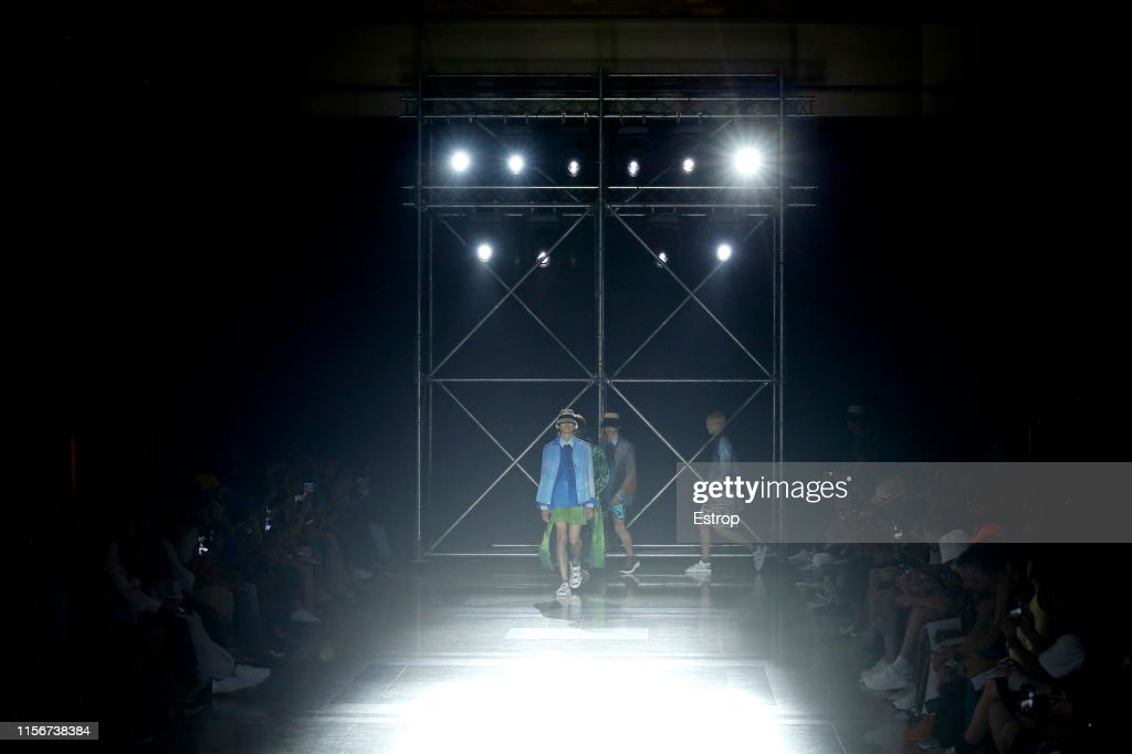 Fumito Ganryu : Runway - Paris Fashion Week - Menswear Spring/Summer 2020 : ニュース写真