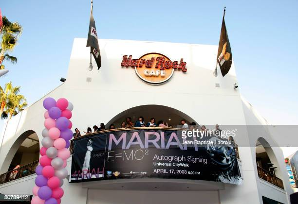 Atmosphere at the Hard Rock Cafe for a memorabilia donation and an autograph session on April 17 2008 in Universal City California