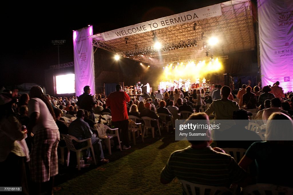 Atmosphere at the last night of the Bermuda Music Festival at the National Sports Center on October 6, 2007 in Bermuda.