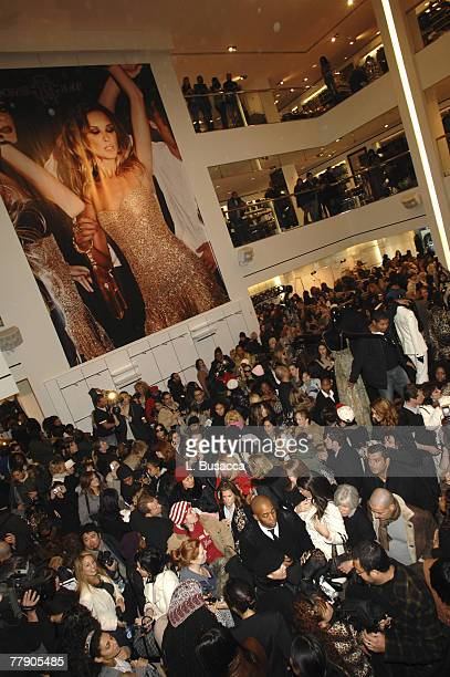 Atmosphere at the launch of Roberto Cavalli for HM at the HM Flagship Store on November 8 2007 in New York