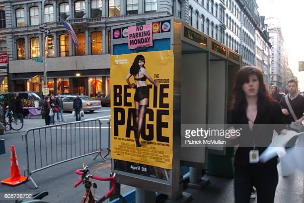 Atmosphere at The New York Premiere of THE NOTORIOUS BETTIE PAGE hosted by INTERVIEW Magazine and Picturehouse at AMC Loews 19th St on April 10 2006...