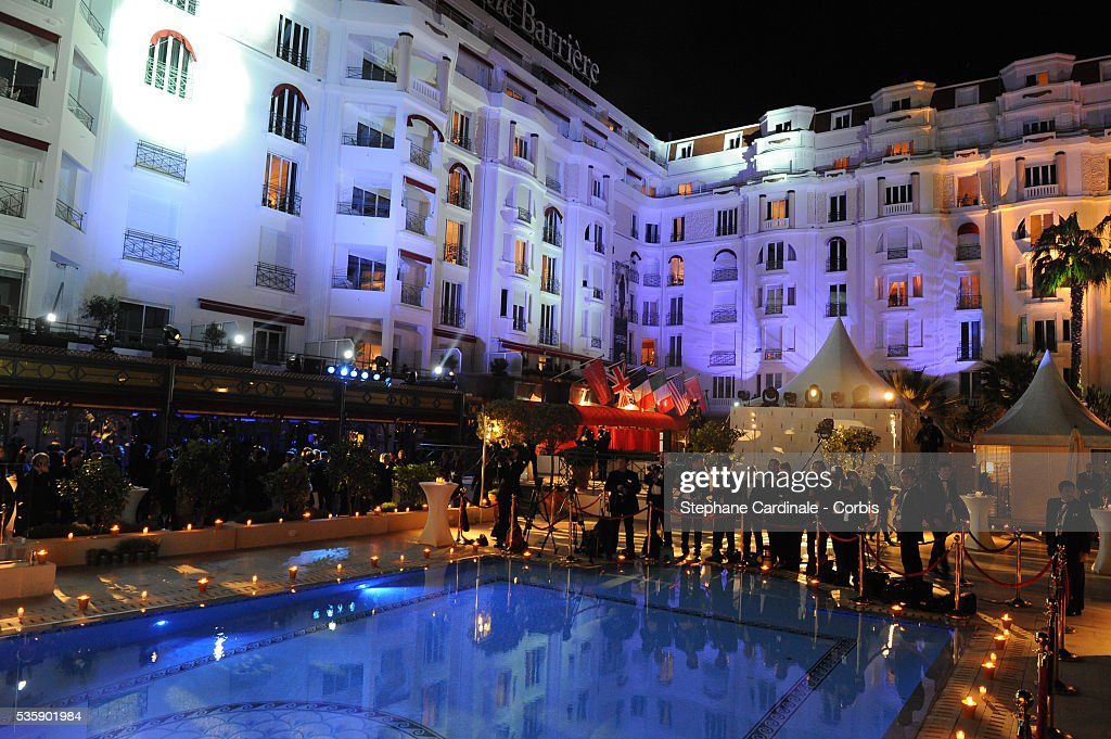 Atmosphere at the Opening Dinner during the 63rd Cannes International Film Festival.