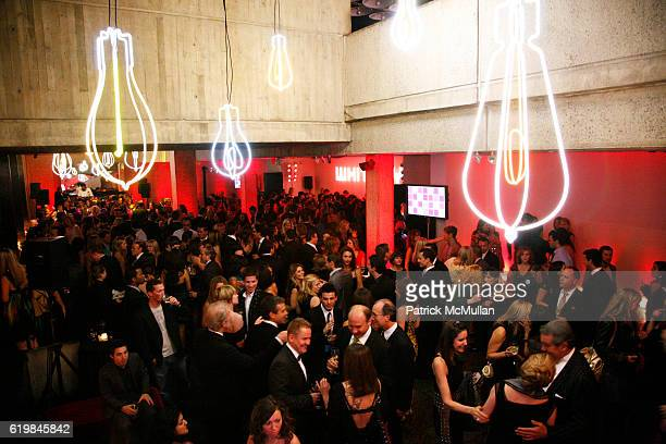 Atmosphere at THE WHITNEY MUSEUM OF AMERICAN ART'S 2008 Gala and Studio Party at The Whitney Museum of American Art on October 21 2008 in New York...