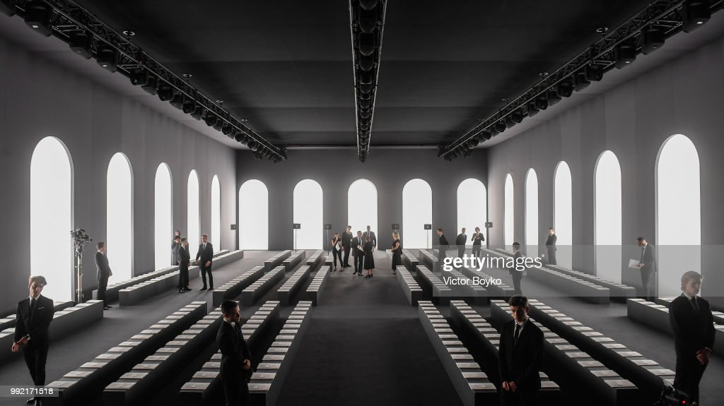 Fendi Couture : Runway - Paris Fashion Week - Haute Couture Fall Winter 2018/2019 : ニュース写真