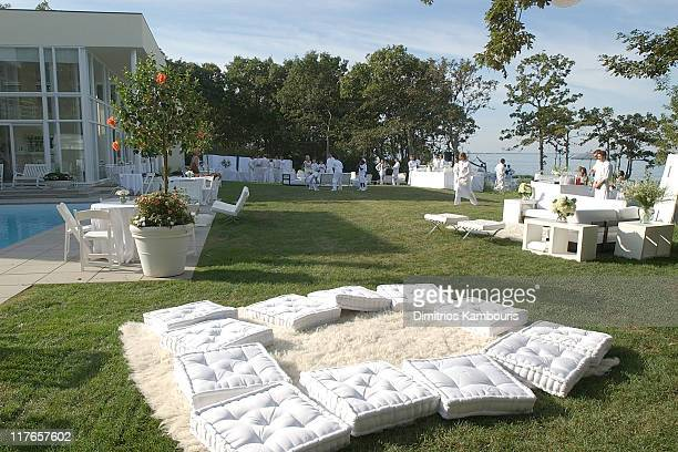 Atmosphere During Absolut White Party 2003 At Sean Diddy Combs Residence In East Hampton