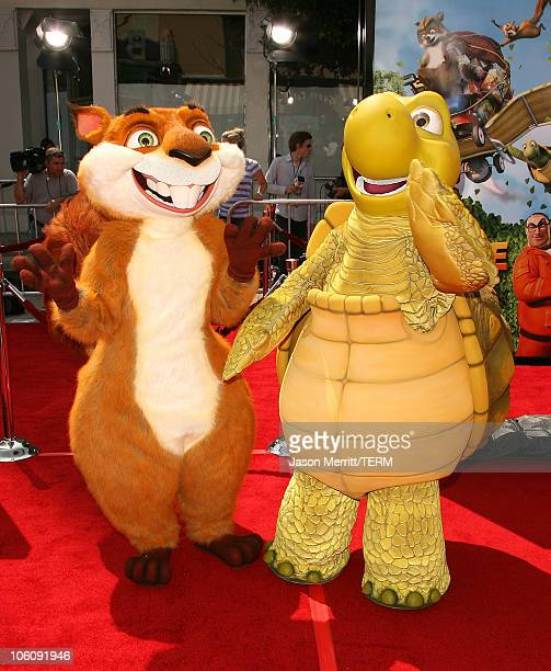 Atmosphere during Dreamworks' Over The Hedge Los Angeles Premiere Arrivals at Mann Village Theatre in Westwood California United States