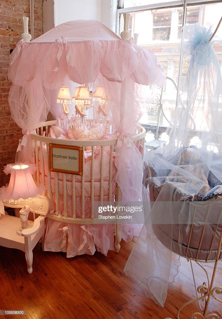 Jayneoni Hosts Hollywood Baby Shower Photos And Images Getty Images