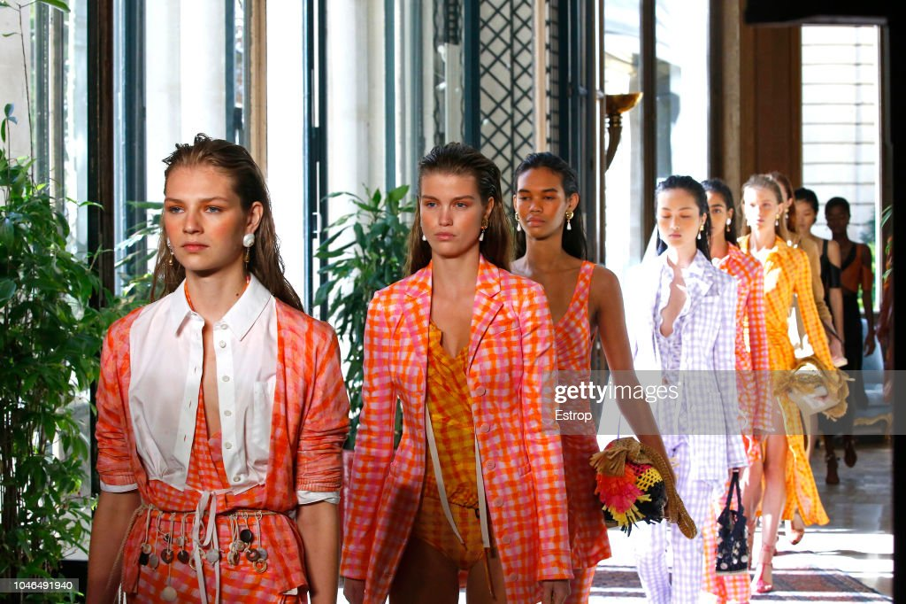 Altuzarra : Details - Paris Fashion Week Womenswear Spring/Summer 2019 : ニュース写真