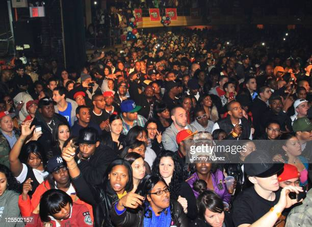 Atmosphere during The Dipset Reunion at Hammerstein Ballroom on November 26 2010 in New York City
