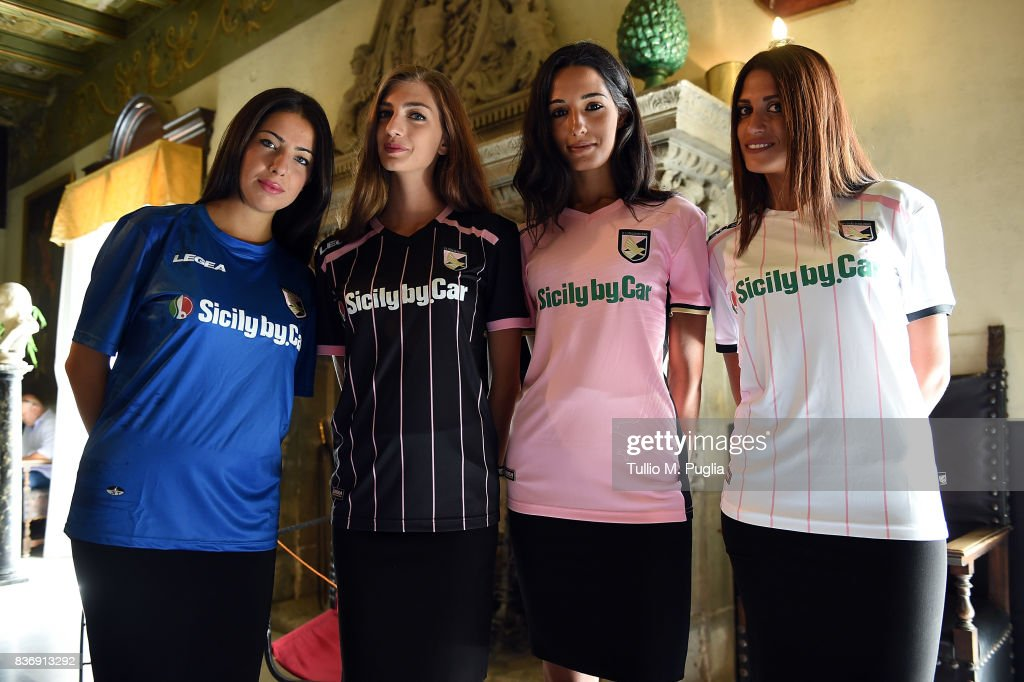 Atmosphere during the presentation of Sicily by Car as new main sponsor of US Citta' di Palermo at Villa Niscemi on August 22, 2017 in Palermo, Italy.