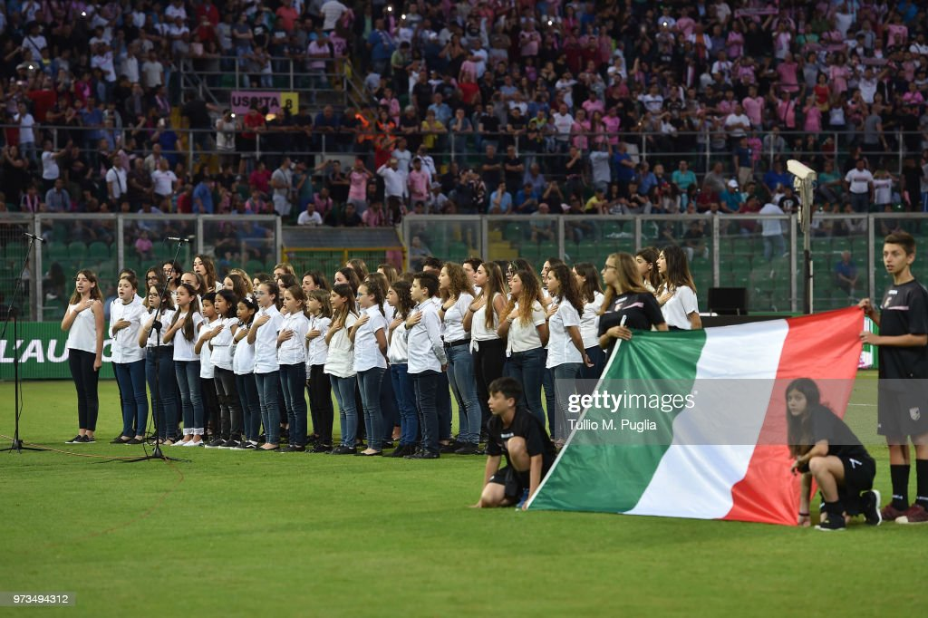 Atmosphere during the serie B playoff match final between US Citta di Palermo and Frosinone Calcio at Stadio Renzo Barbera on June 13, 2018 in Palermo, Italy.