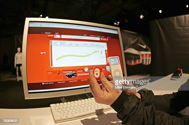 Atmosphere during the unveiling of a partnership between Nike and Apple announcing the Nike+iPod, which combines the Nike Air Zoom Moire and the...