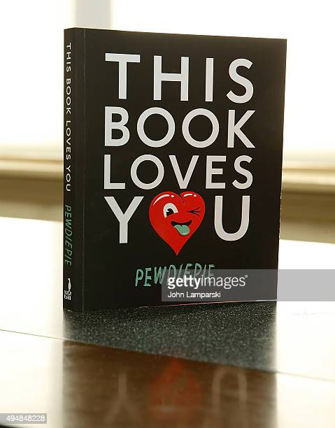 Atmosphere PewDiePie signs copies of his new book 'This Book Loves You' at Barnes Noble Union Square on October 29 2015 in New York City