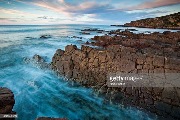 atmospheric water and rocks - kangaroo island stock pictures, royalty-free photos & images