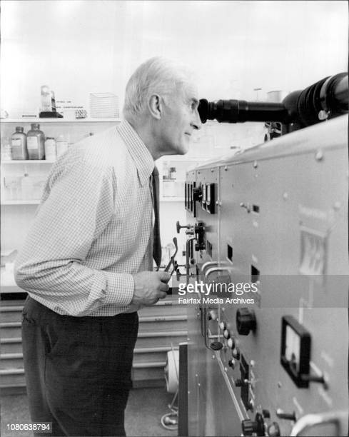 Atomic Cancer Expert Dr Robin Mole a visiting British expert in radiation caner visited the Lucas Heights Atomic Energy Commission establishment...