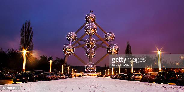 atomium brussels - brussels capital region stock pictures, royalty-free photos & images
