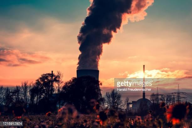 atomkraftwerk ohu - uranium stock pictures, royalty-free photos & images