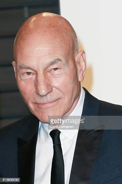 Ator Patrick Stewart arrives at the 2016 Vanity Fair Oscar Party Hosted by Graydon Carter at the Wallis Annenberg Center for the Performing Arts on...