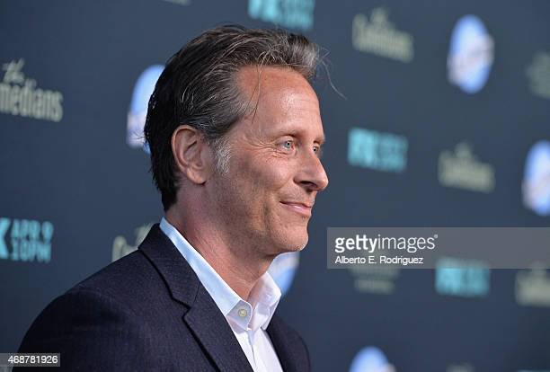 Ator Steven Weber attends the premiere of FX's The Comedians at The Broad Stage on April 6 2015 in Santa Monica California