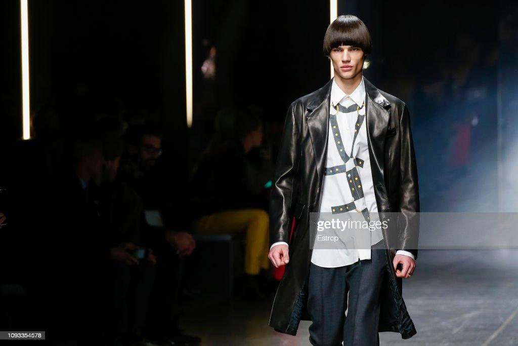 Versace - Details - Milan Men's Fashion Week Autumn/Winter 2019/20 : ニュース写真