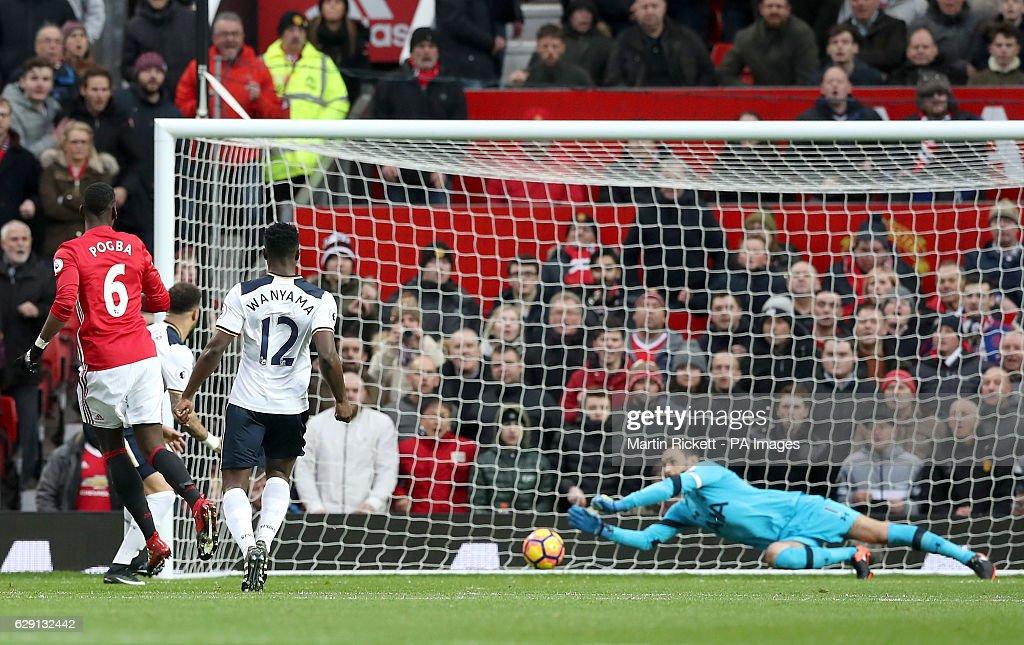Manchester United v Tottenham Hotspur - Premier League - Old Trafford : ニュース写真