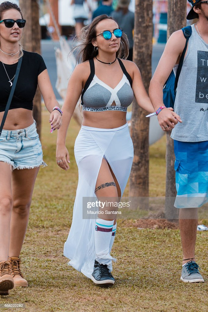 Attendee during day two of Lollapalooza Brazil at Autodromo de Interlagos on March 26, 2017 in Sao Paulo, Brazil.