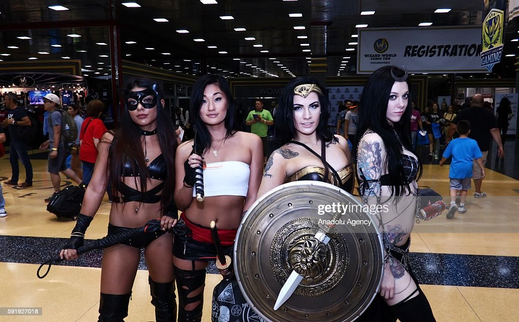 Wizard World Chicago Comic Con 2016 : News Photo