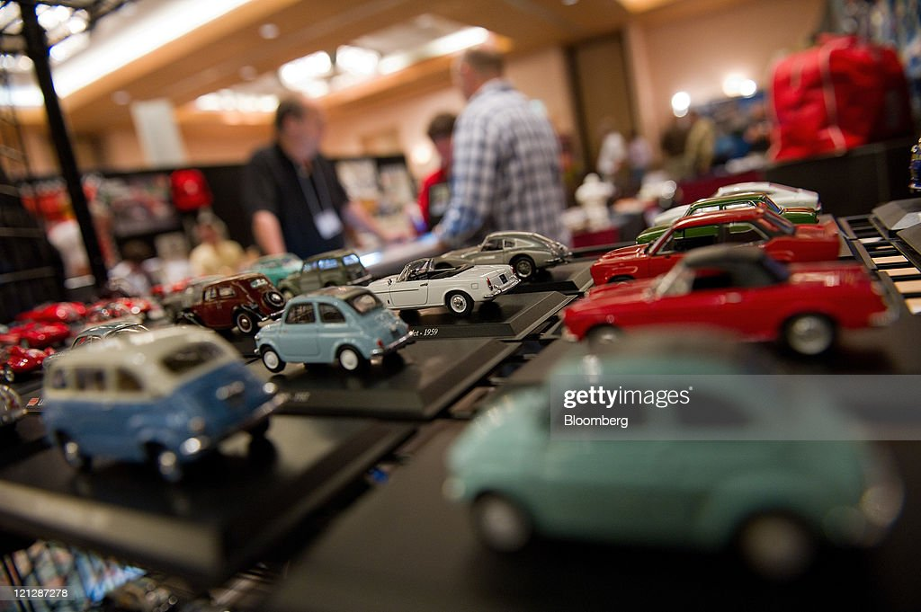 Automobilia Monterey Th Annual International Expo Photos And Images - Car show displays for sale