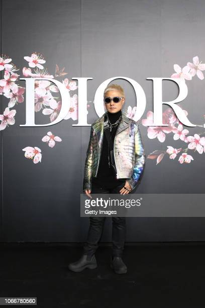 Attends the photocall at the Dior Pre Fall 2019 Men's Collection on November 30, 2018 in Tokyo, Japan.