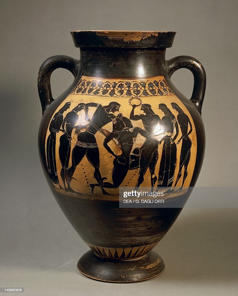 Attic &hora representing Theseus and the minotaur black-figure pottery Greece. Detail & Attic amphora representing Theseus and minotaur Pictures | Getty Images